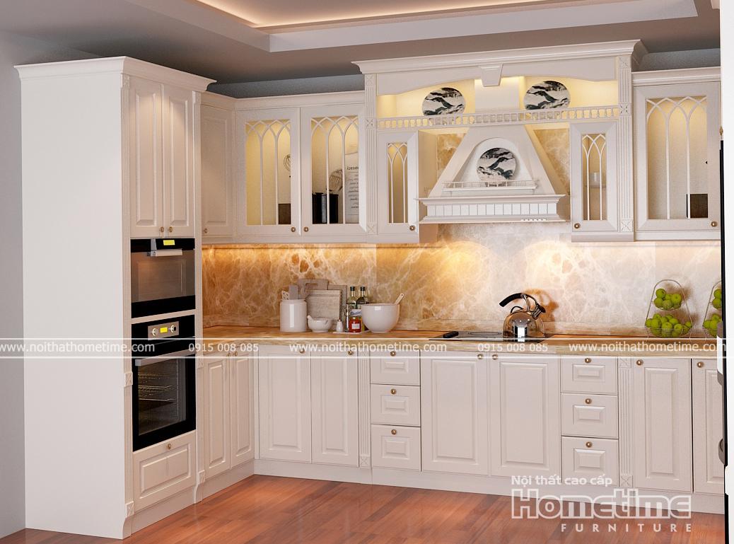 Tủ bếp tân cổ điển màu trắng sữa với những họa tiết soi cánh lô tỉ mỉ