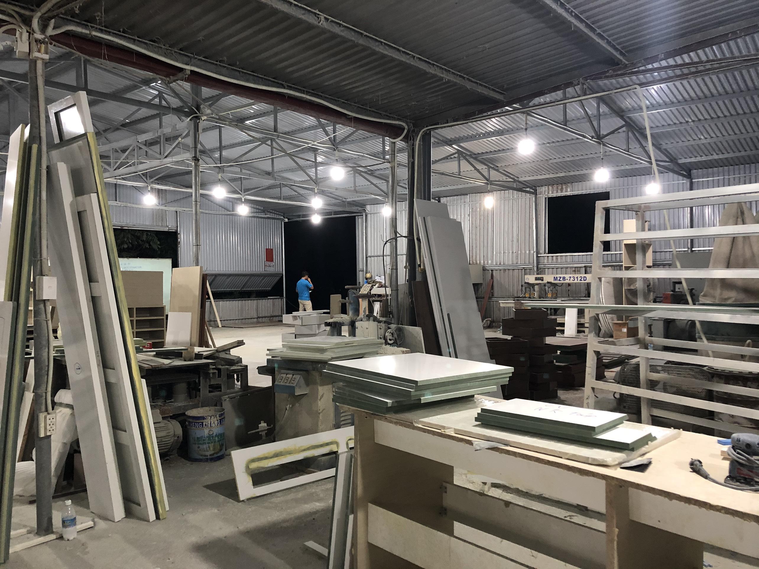 Không gian xưởng sản xuất nội thất Hometime