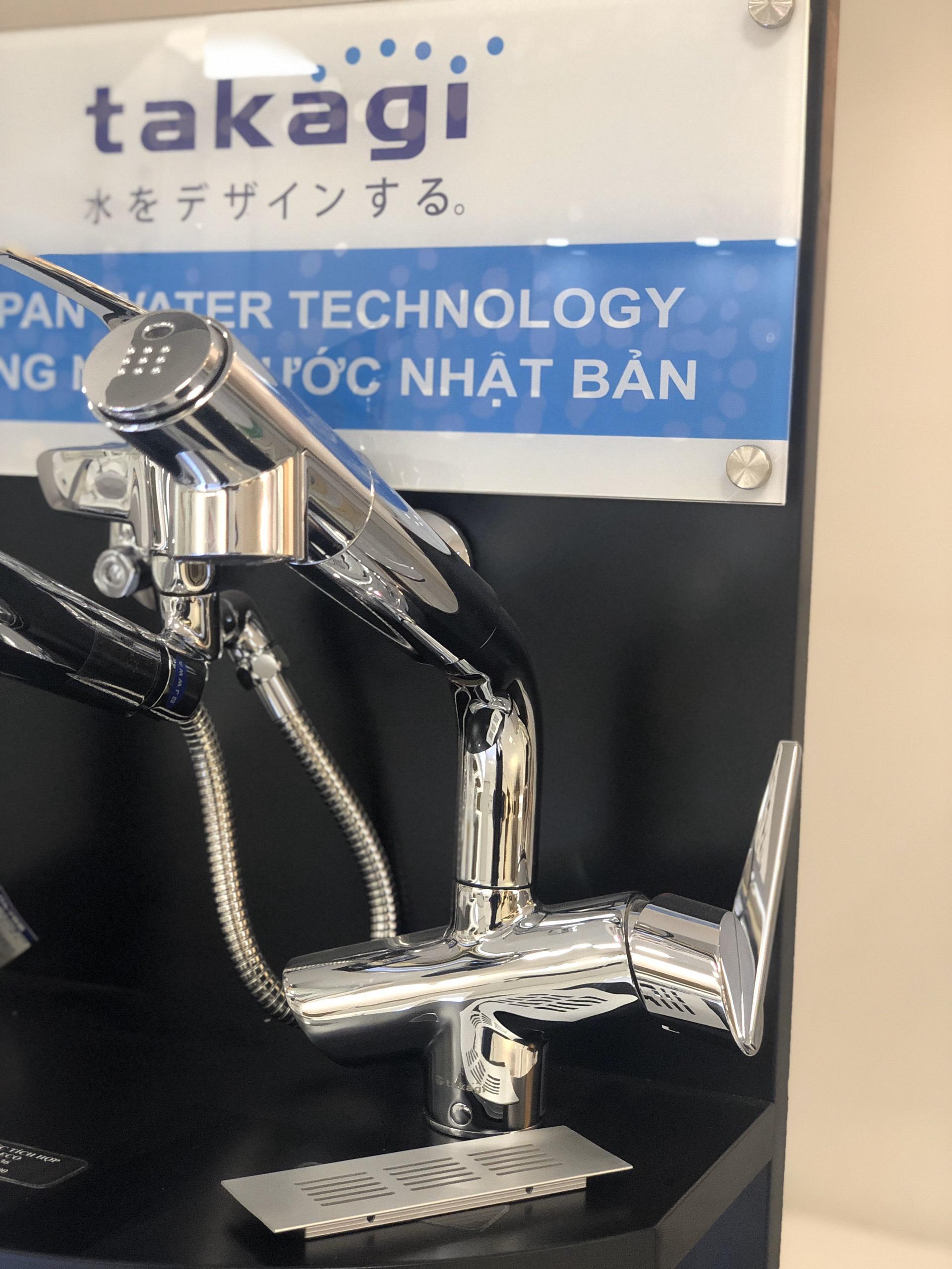 Vòi lọc nước Takagi JK102 sang trọng, bắt mắt