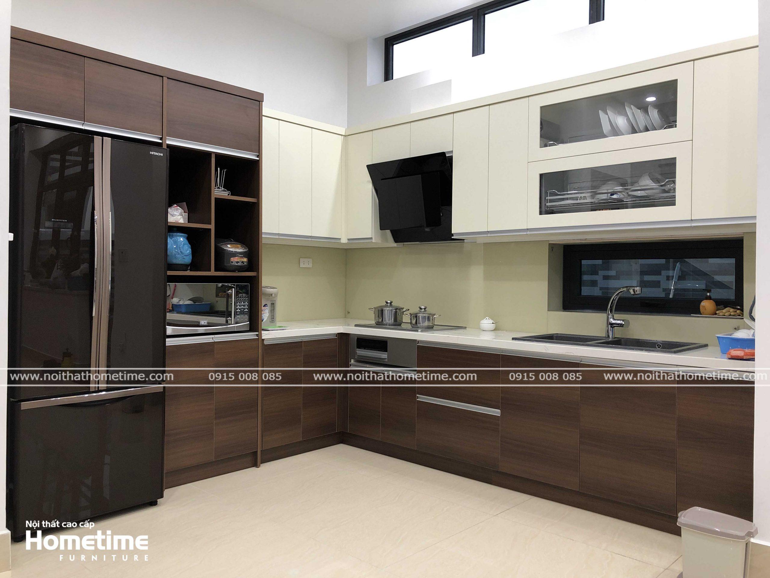 Tủ bếp kiểu dáng chữ L vô cùng tiện nghi cho căn bếp