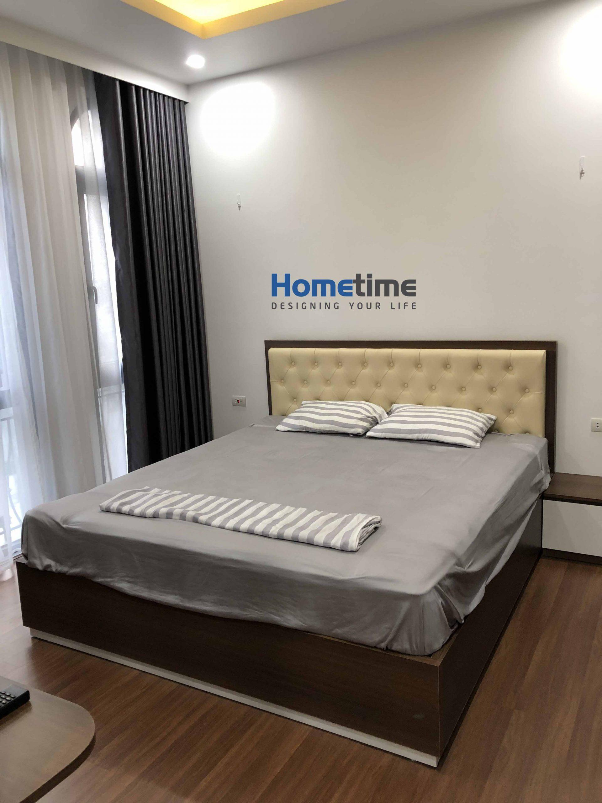 Giường ngủ làm gỗ MDF chống ẩm kết hợp đầu giường bọc da quả trám